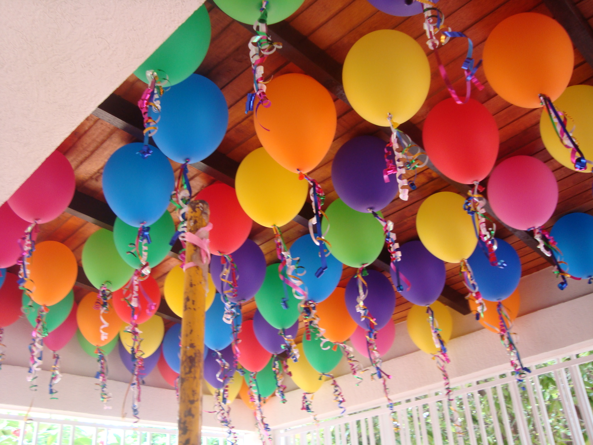 Decorar fiestas con globos for Adornos originales para decorar casa