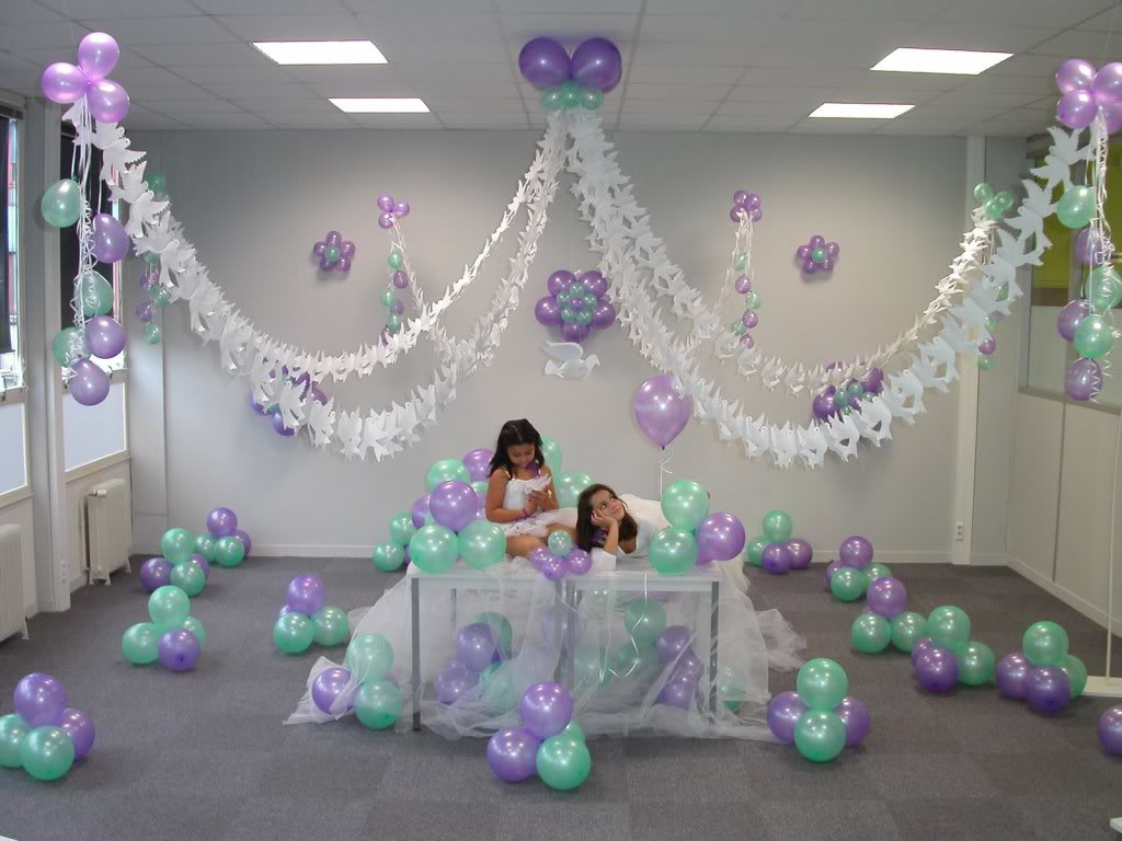Ideas para decorar con globos for Decoracion simple con globos