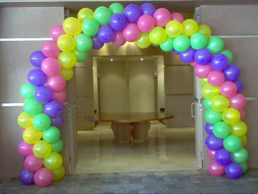 Decorar una fiesta con globos for Decoracion con globos